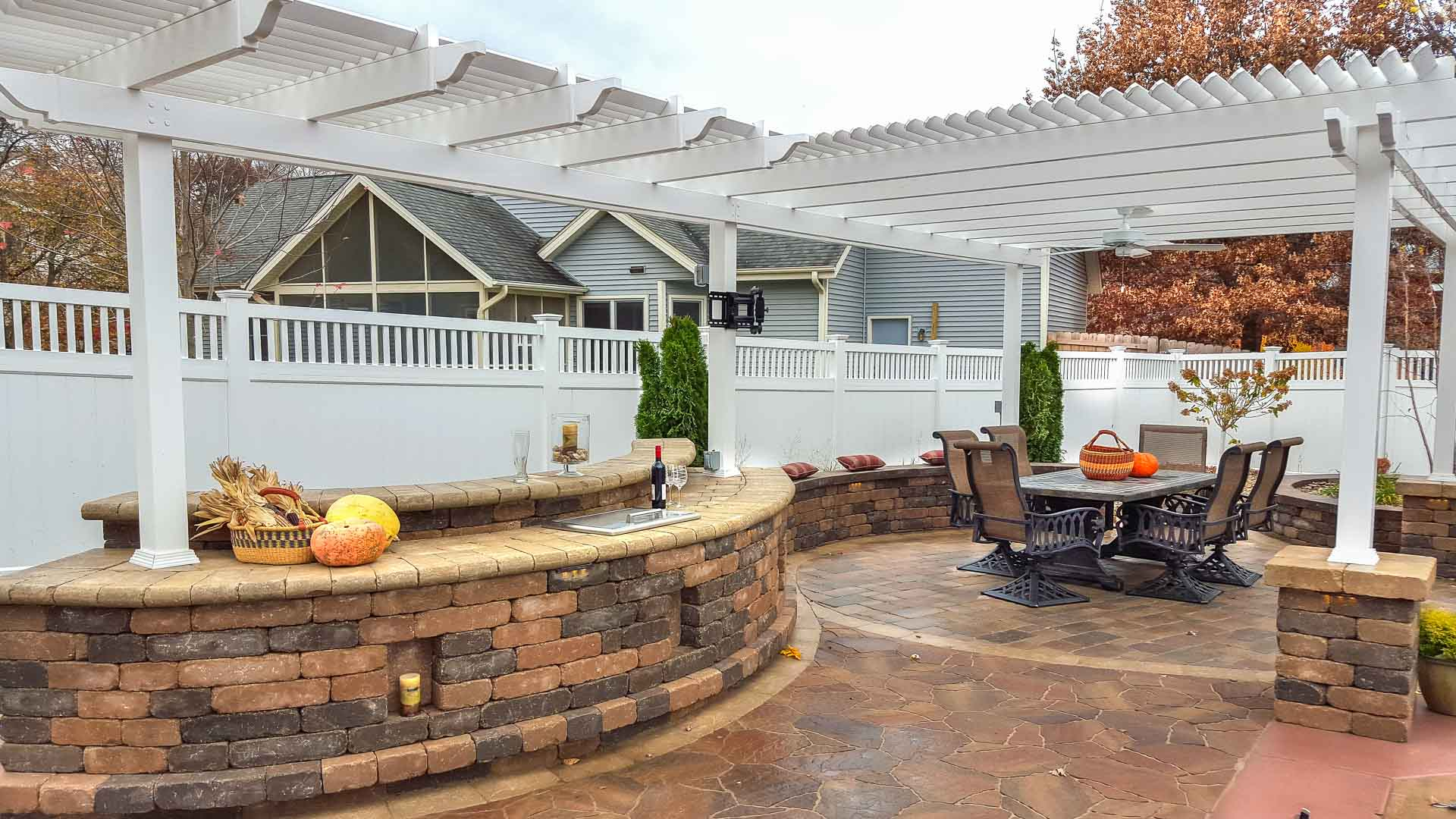 Forever Green Coralville Iowa pergola outdoor kitchen hardscapes patio iowa city outdoor living