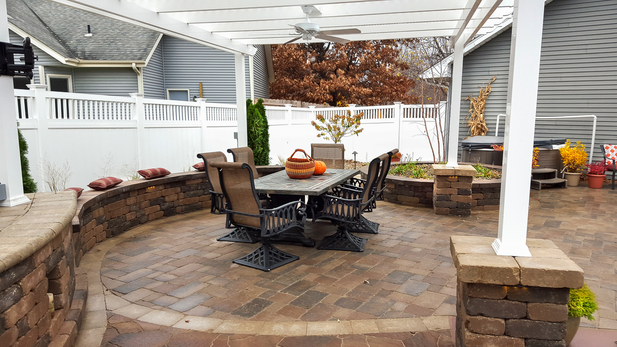 Forever Green Coralville Iowa Patios seat wall outdoor living
