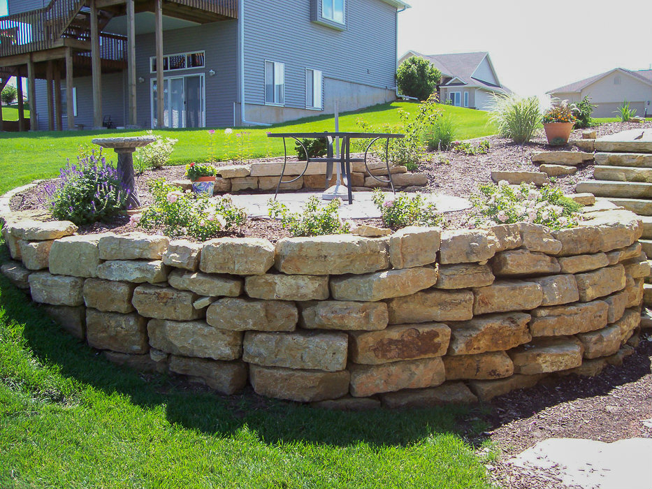 Forever Green Coralville Iowa Retaining Walls limestone wall natural hardscapes