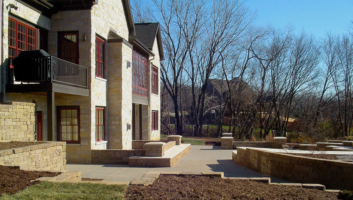 Forever Green Coralville Iowa Retaining Walls patio seating wall