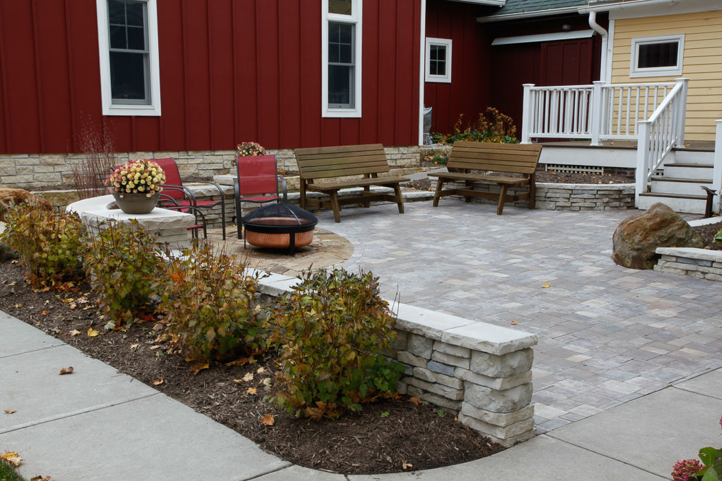 Outdoor Patios - Landscaping Design | Forever Green-Iowa City-Coralville