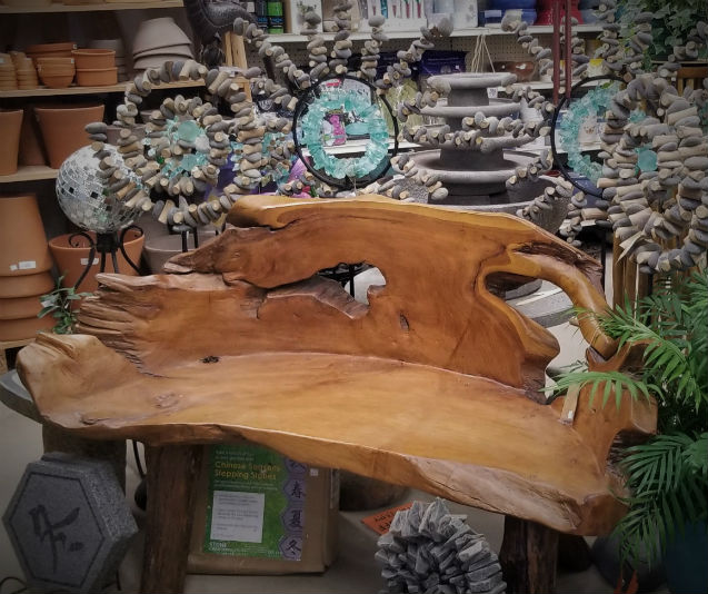 Forever-Green-Coralville-Iowa-Garden-Center-Christmas-wood-bench